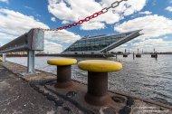 Poller und Dockland im Fischereihafen