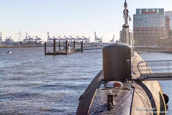 U-Boot am Fischmarkt